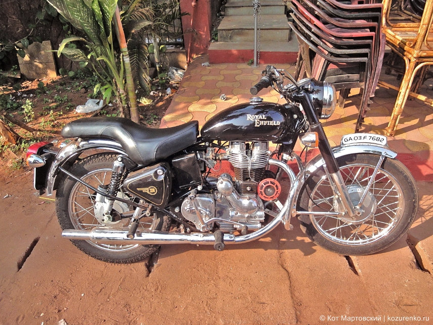 Royal Enfield Bullet в ГОА, Индия