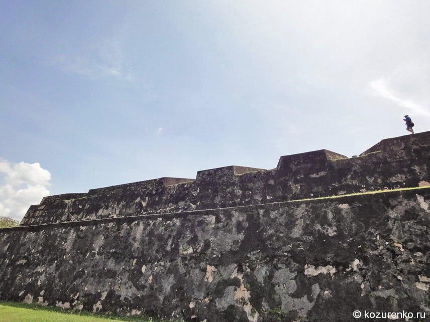 Голландский форт в Галле
