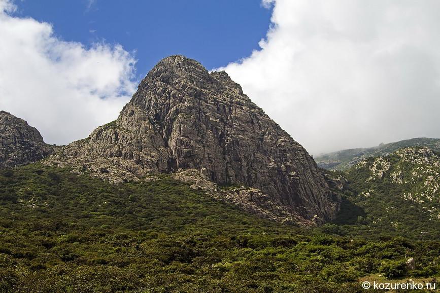 Очень скалистые горы