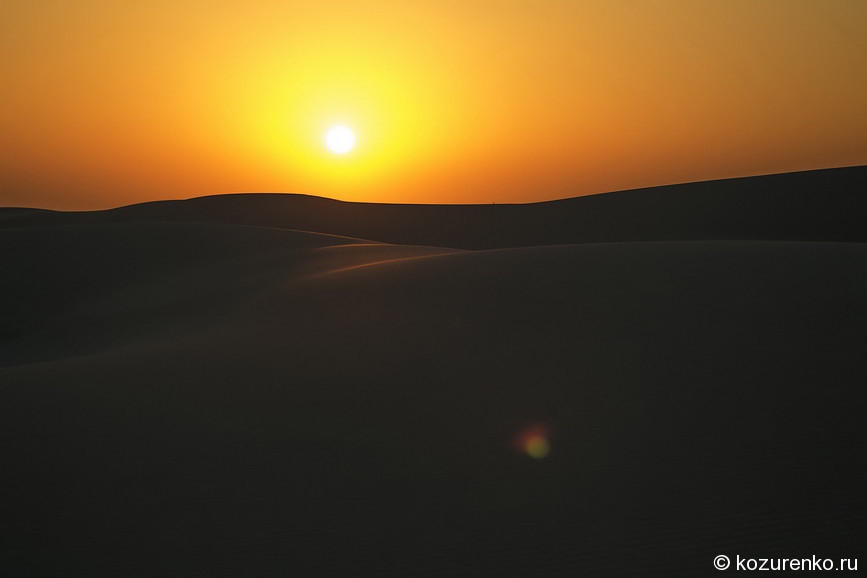 Красное закатное марево бедуинского солнца
