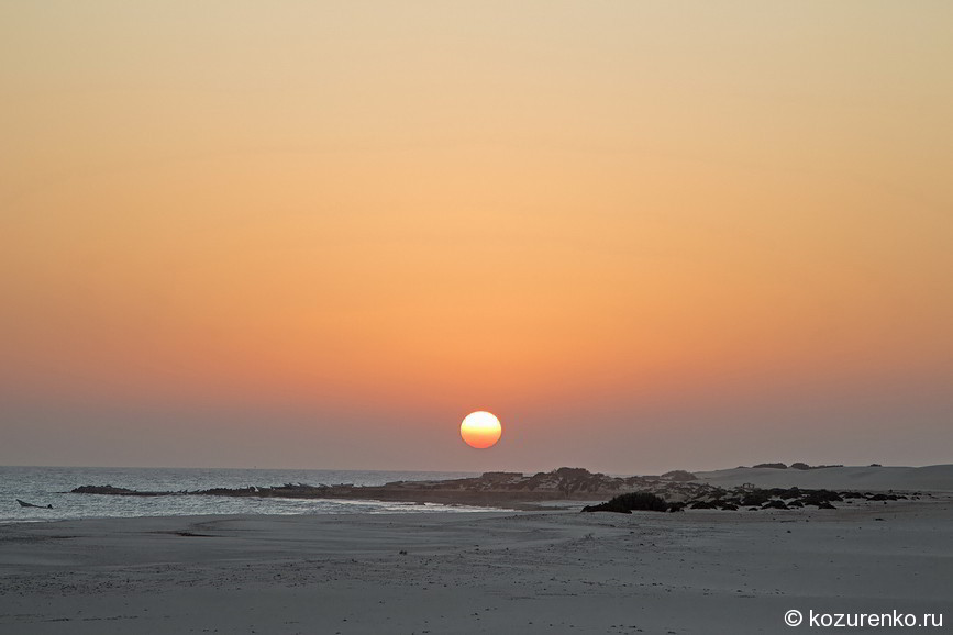 Пустыня граничит с морем