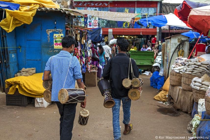 Продавцы барабанов