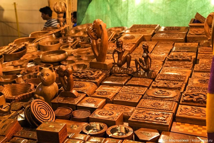 Деревянные шкатулки и разные интересные тарелки