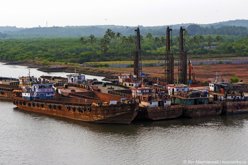 Jetti - пристань для сухогрузов и сервисных речных судов